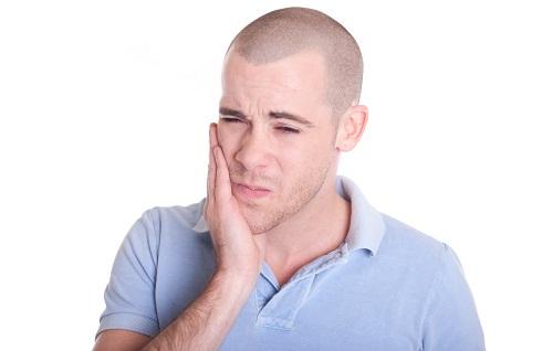 Welche Hausmittel gegen Zahnweh?